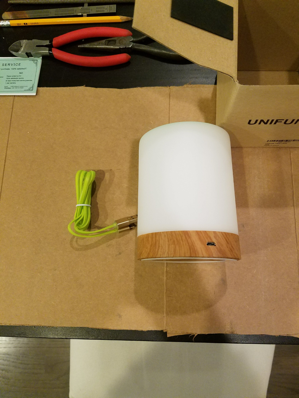 Unifun Touch Lamp contents